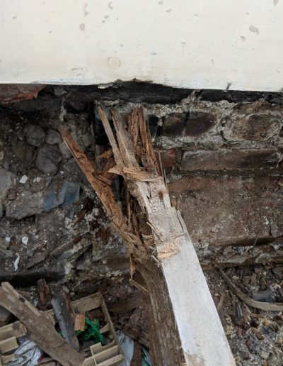 Replacing rotten floor and damp proofing in North London image10